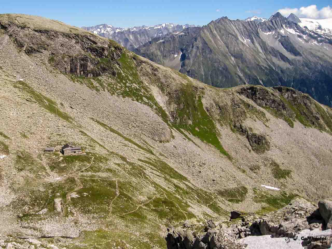 Friesenberghaus and the trail down to Schlegeisspeicher