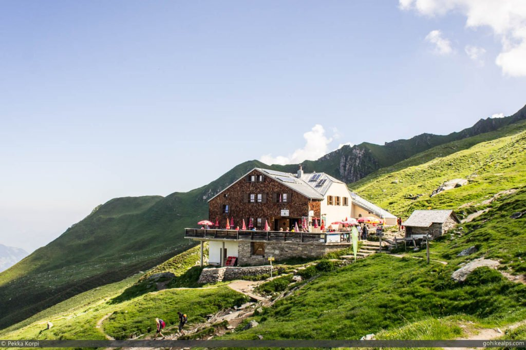 Edelhütte. Food and Shelter in the Mountains.