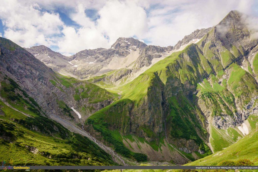 Looking back at Oberlahmsjoch